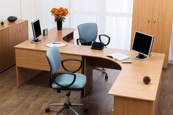 What size desk should I get