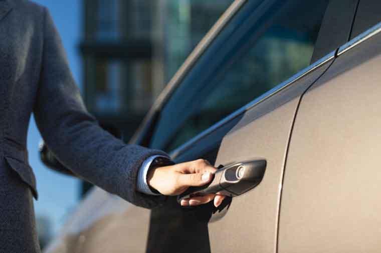 How to Remove Broken key From the Car Door