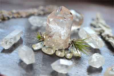 Step-by-Step guide to wrapping a crystal